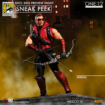 Mezco One:12 Collective DC Comics Arsenal Action Figure