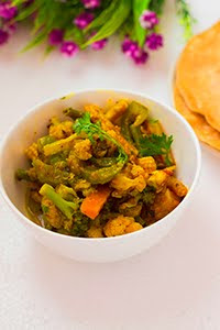 mix vegetable gravy paneer jalfrezi indian