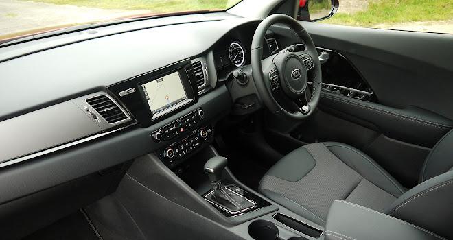 Kia Niro front interior