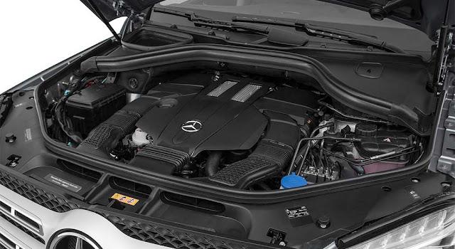 Động cơ Mercedes GLS 500 4MATIC 2017 vận hành mạnh mẽ và vượt trội