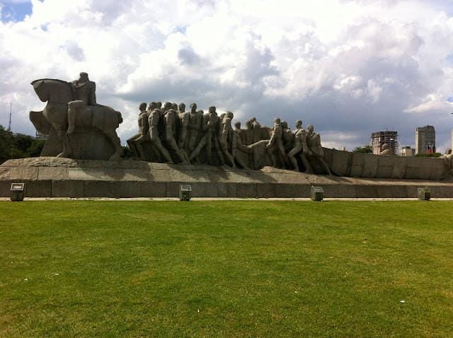 Monumento às Bandeiras - Parque Ibirapuera