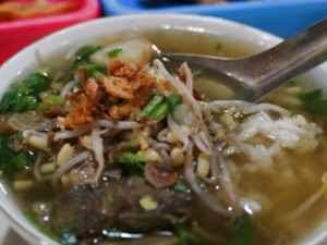 Kuliner Indonesia - Soto Seger Mbok Giyem