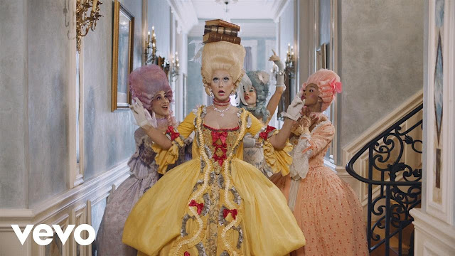 Katy Perry Premieres 'Hey Hey Hey' Video