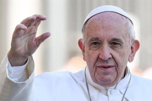 Papa Francisco denuncia desigualdad y pide modelos de reparto