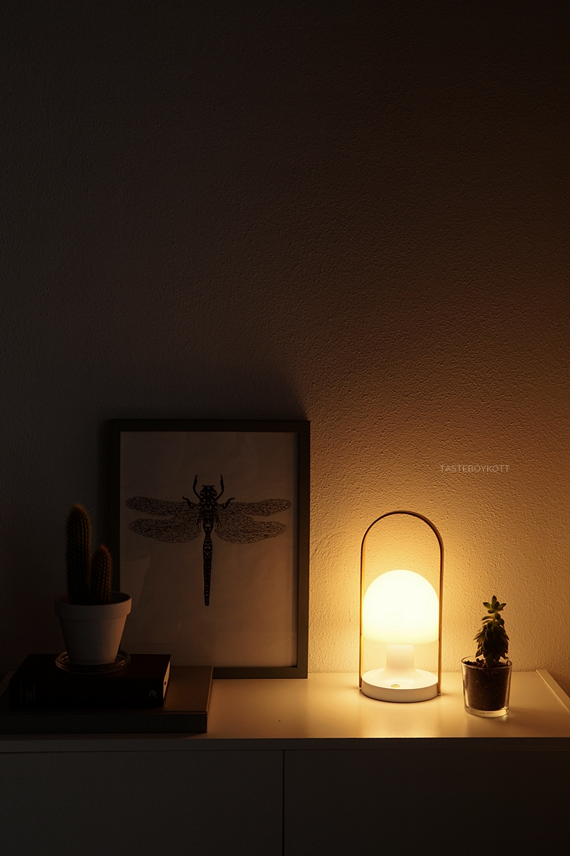 Modern Scandinavian decoration with the FollowMe lamp at night