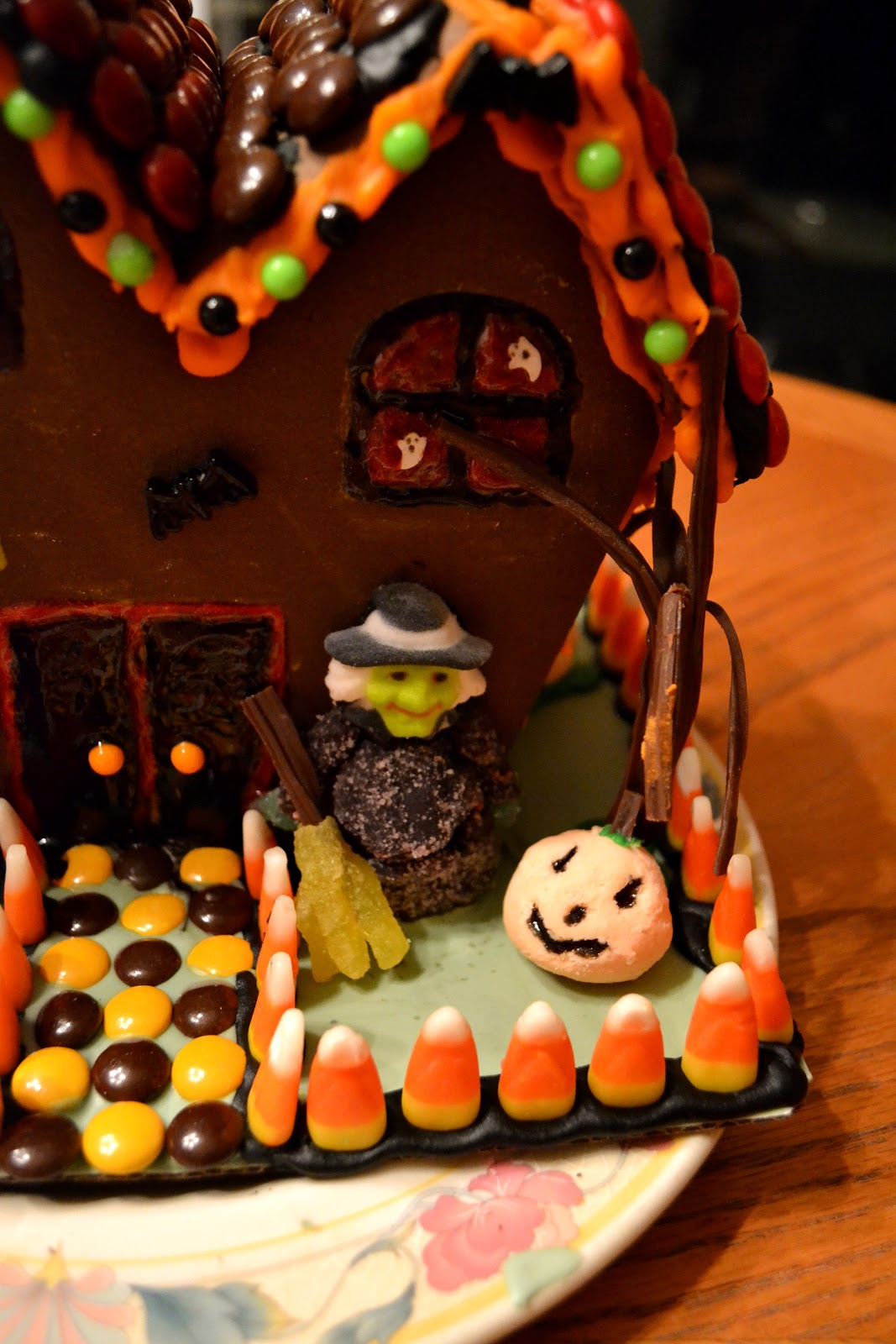 Simple Savory Amp Satisfying Haunted Gingerbread House Ideas