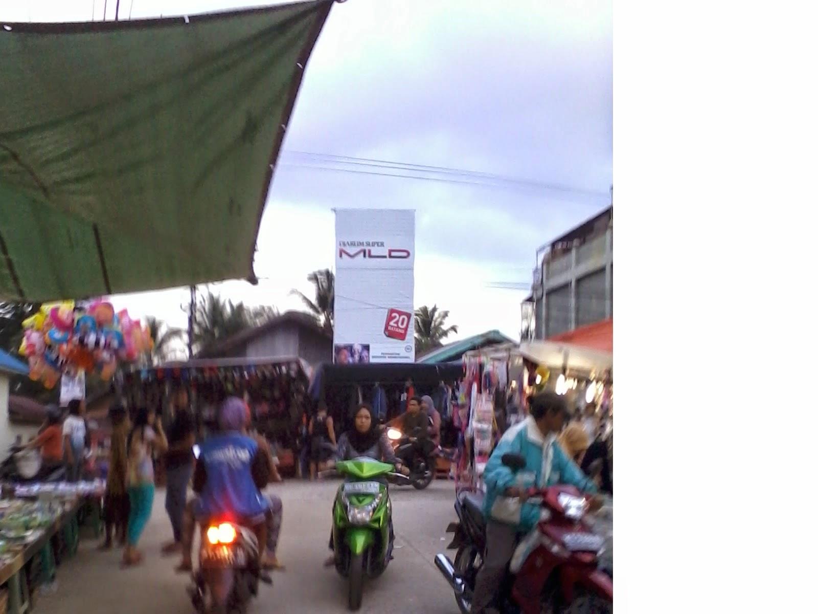 begitulah sebutan pasar yang diadakan pada malam hari Inilah Photo-photo Pasar Malam di Kampung Baru