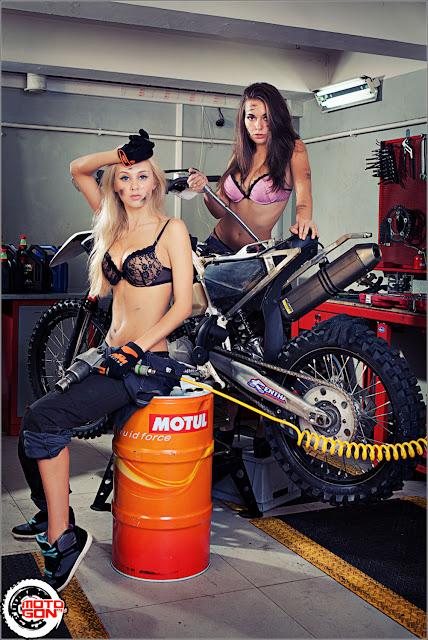 Workshop Girls