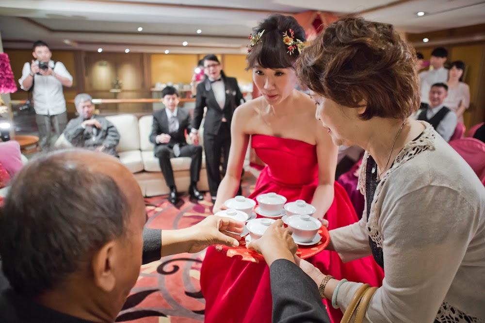 文定儀式新娘奉茶順序