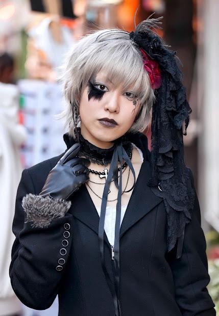 gothic hairstyles women - short