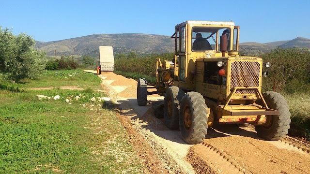 Σε εξέλιξη έργα αγροτικής οδοποιίας στο Μάνεσι του Δήμου Ναυπλιέων
