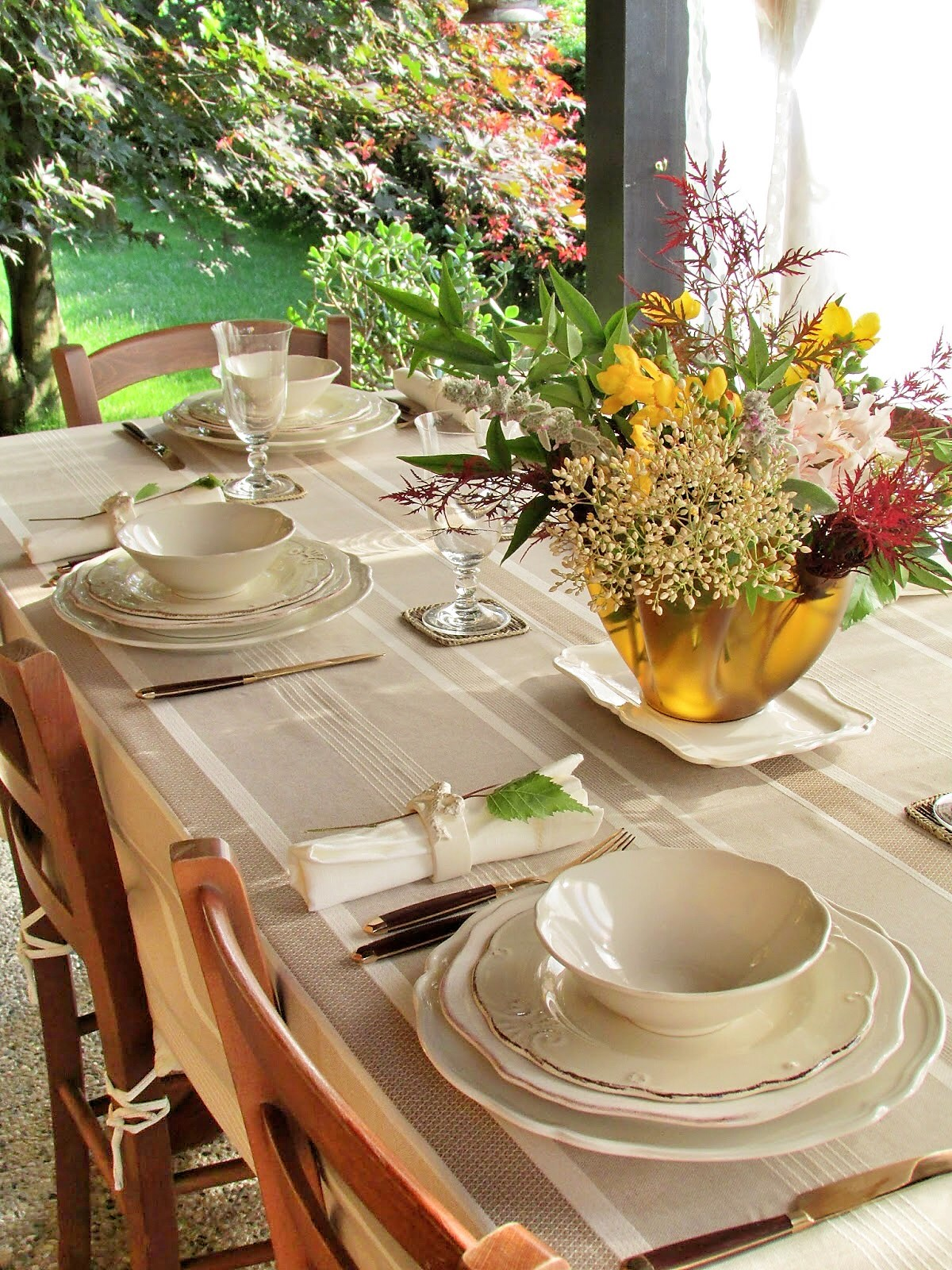 tavola all'aperto