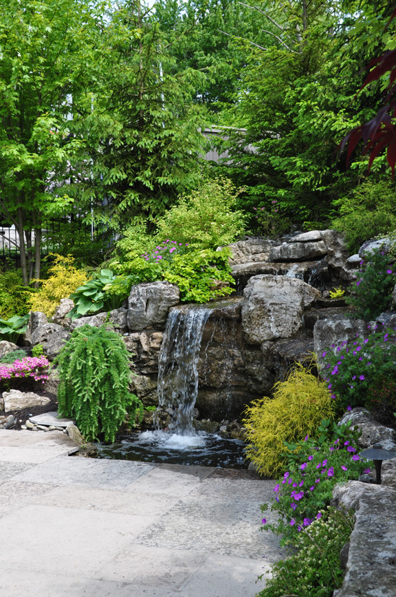 Three Dogs in a Garden: Pin Ideas: Small Water Features ... on Small Backyard Pond  id=80947