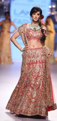 Indian-best-designer-winter-latest-bridal-lehenga-designs-collection-14
