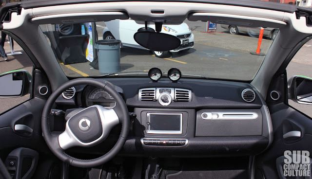 2013 Smart ForTwo Electric Drive Cabriolet dashboard