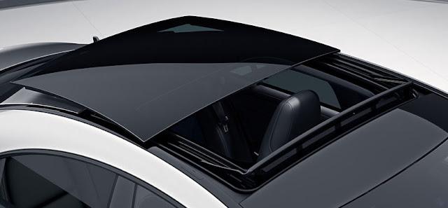 Cửa sổ trời Panorama trên Mercedes CLA 250 2017