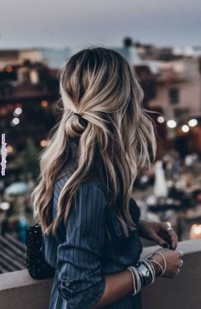 Cute Holiday Hairstyles To Complete Your Look