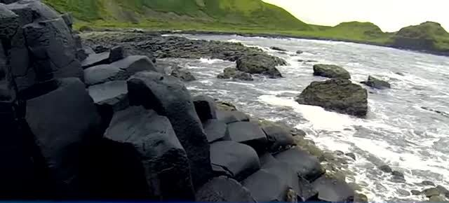 10 AMAZING PLACES AROUND THE WORLD 5. Giant's Causeway, Northern Ireland