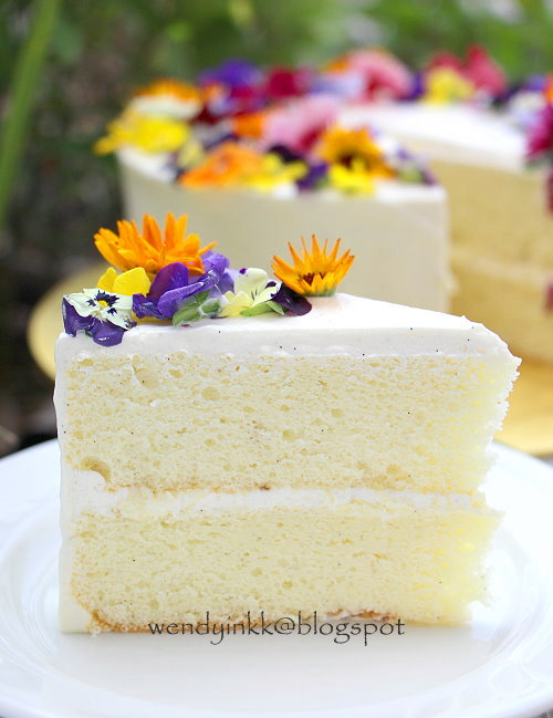 Fluffy Vanilla Cake From Scratch