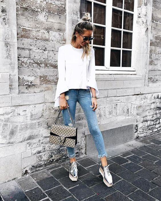 Zorannah - Bell Sleeves, Gucci Dionysus Bag, Destroyed hem Jeans