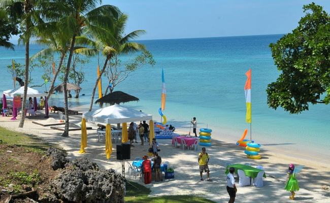 Xvlor Samal Island or Island Garden City is largest resort town in Philippines