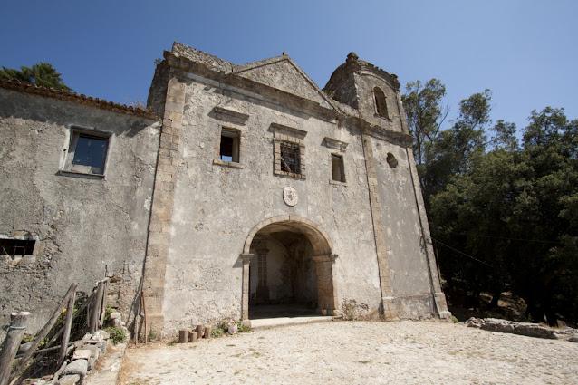 Monchique-Chiesa
