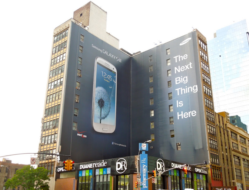 Samsung Galaxy SIII billboard NYC