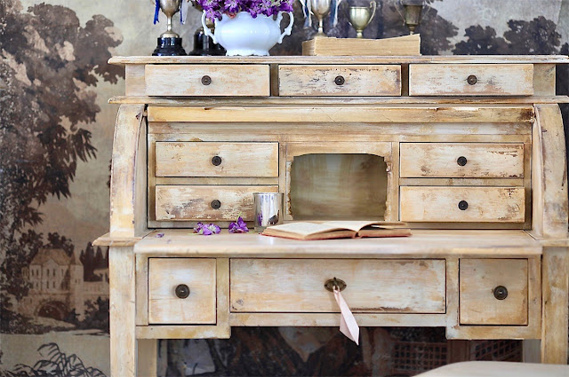 vintage style rolltop desk