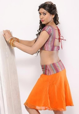 Manisha Yadev Hot belly showing pictures