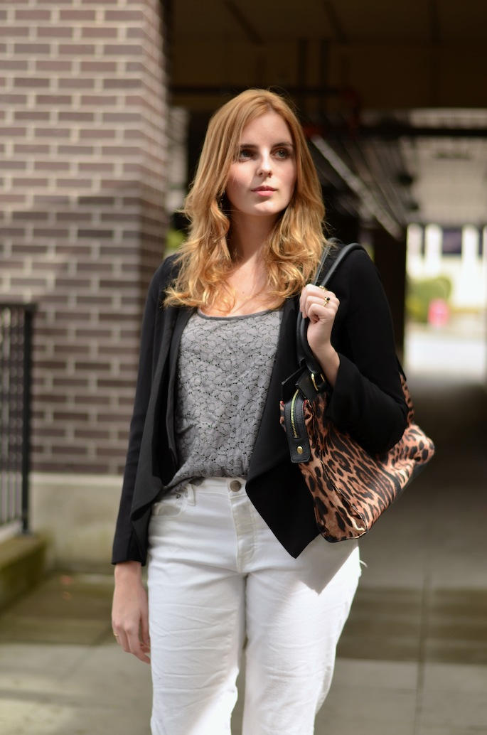 Daily Style Outfit Blogger