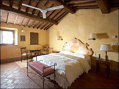Tuscan Bedroom Design Ideas | Exotic House Interior Designs