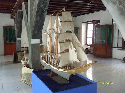 Koleksi Perahu museum Bahari