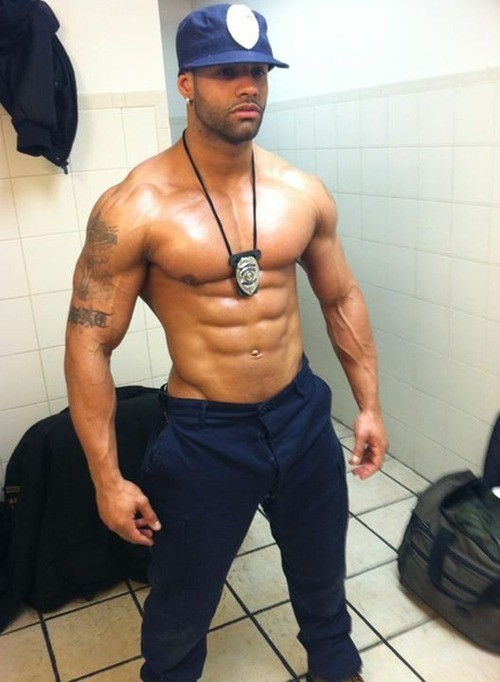 sexy-shirtless-black-policemen