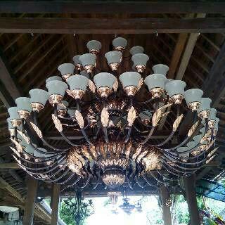 LAMPU UKIR TEMBAGA,LAMPU GANTUNG ANTIK,LAMPU TEMBAGA,BERKAH TEMBAGA
