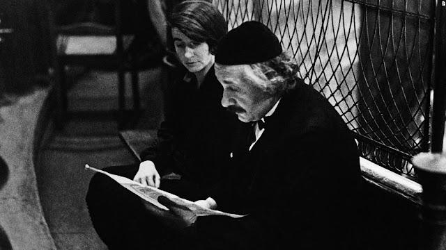 Albert Einstein con Yarmulke