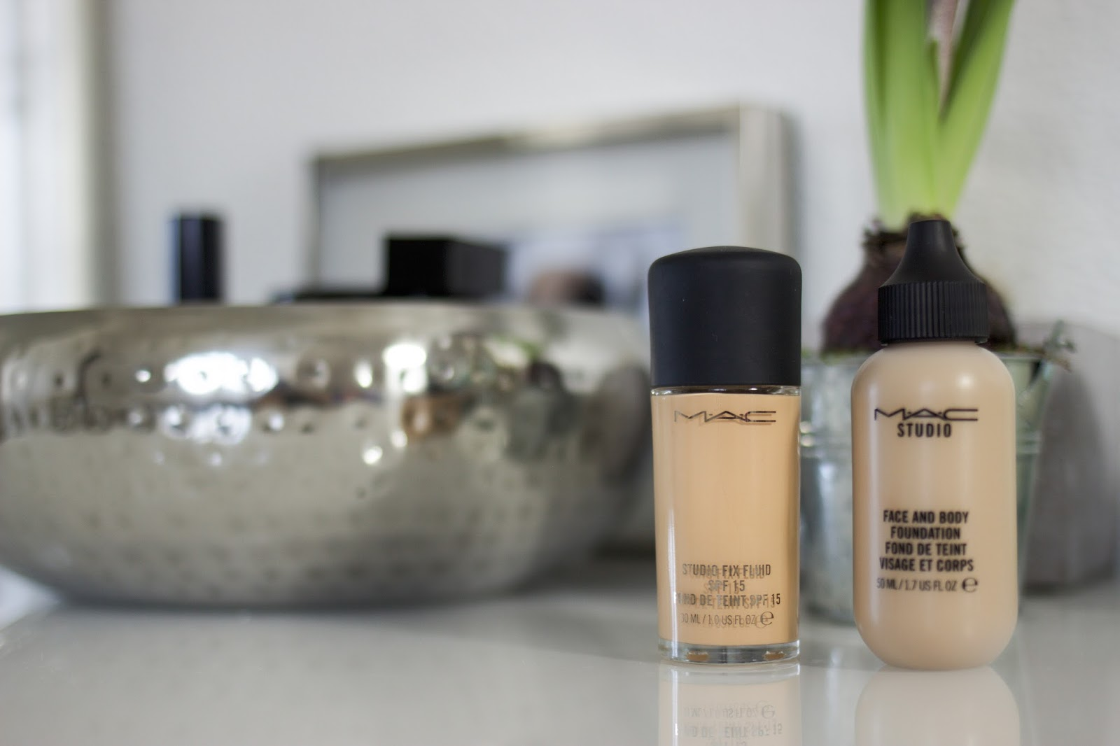 Mac cosmetics, Make Up, Studio fix fluid, Face and Body