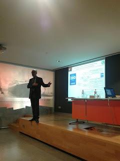 El presidente del CGPC, Juan Carlos Bajo, expuso en el seminario una ponencia sobre los perfiles académicos