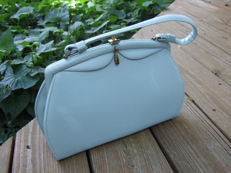 Repairing The Vintage Handbag