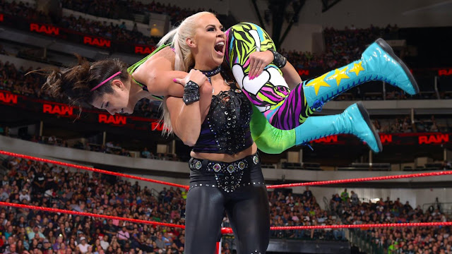 WWE Raw Results : Bayley def. Dana Brooke