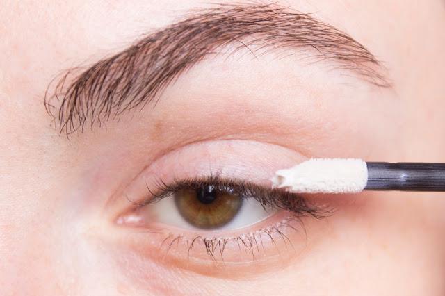 New year make-up 2018, step 1: Missha Color Fix Eye Primer