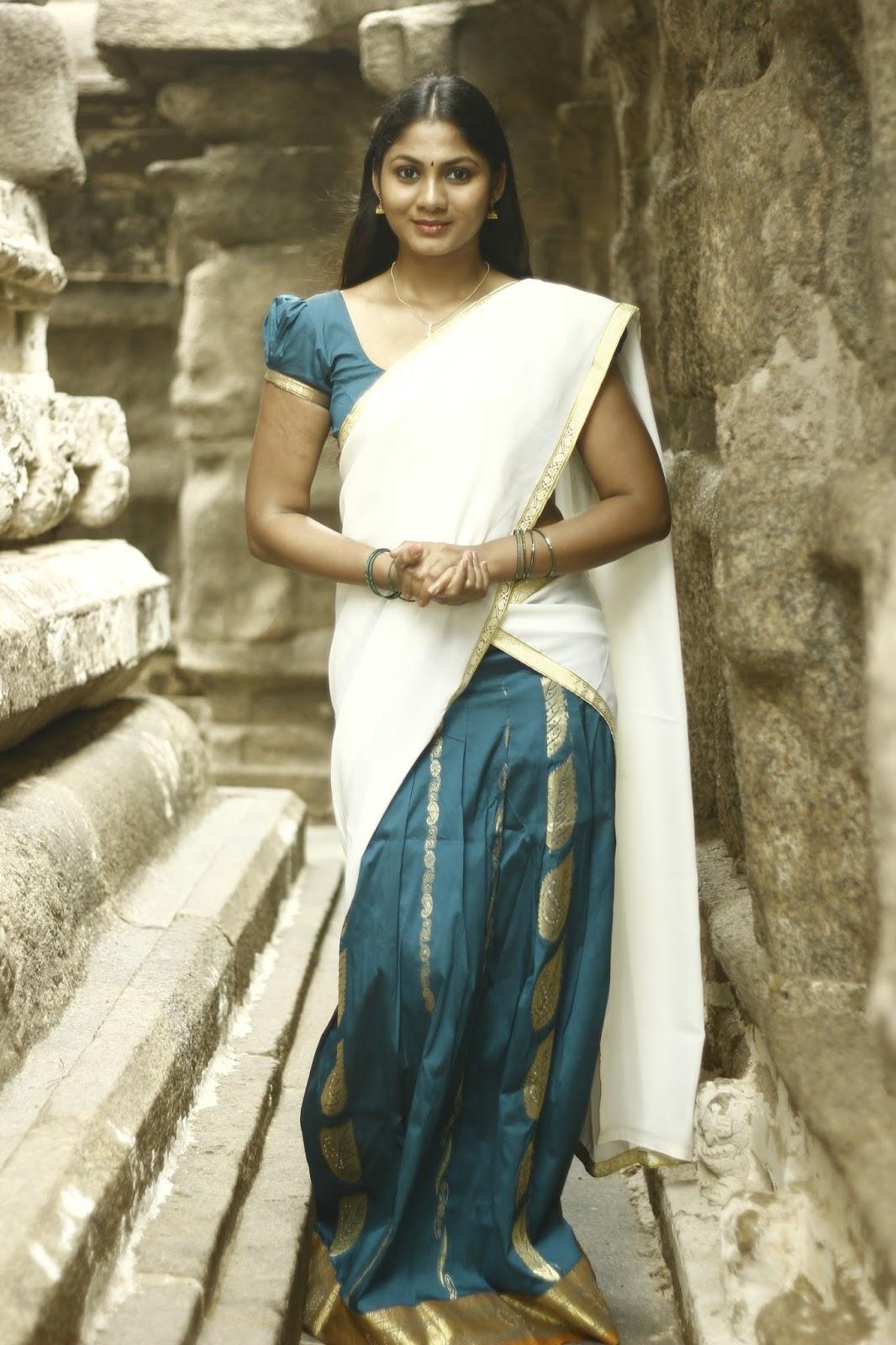 Shruti Reddy latest photos in half saree-HQ-Photo-11