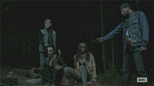 "1er momento absurdo de The Walking Dead 4x16 - ""A"""