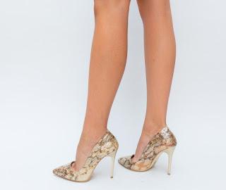 Pantofi Aurii cu toc cu imprimeu de sarpe de ocazii