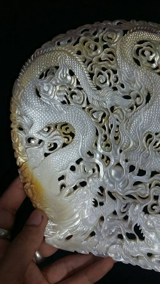 dragon seashell carving3