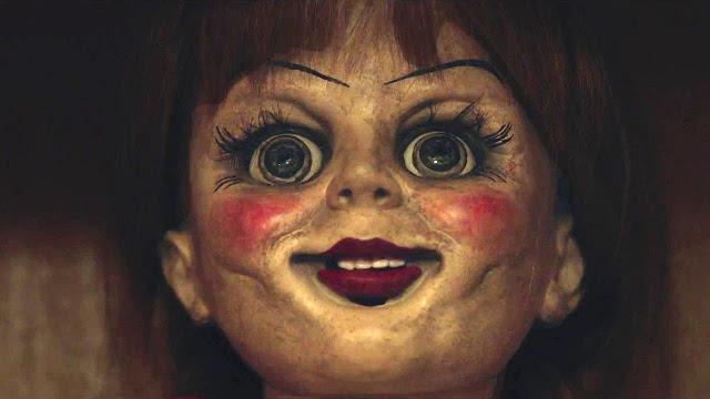 """Primeiro trailer de """"Annabelle 2"""" nos leva ao início de tudo"""