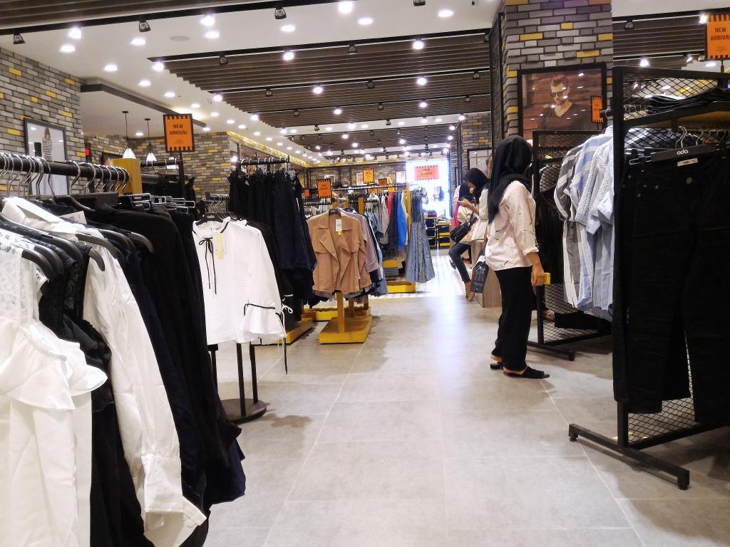 Belanja Baju BIG SIZE bisa juga ke ADA STORE - Rahma Brilianita