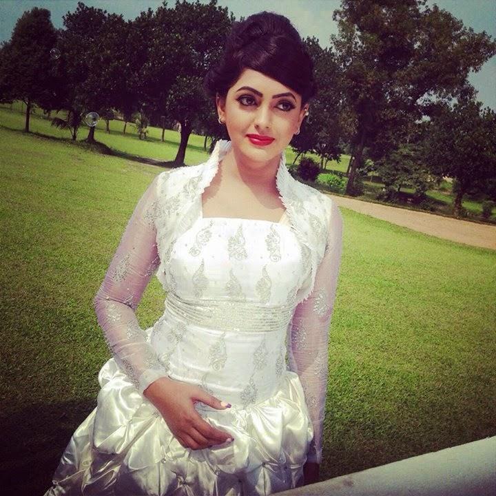 Bangladeshi Movie Actress Nipun Akter Nasrin Latest Photos