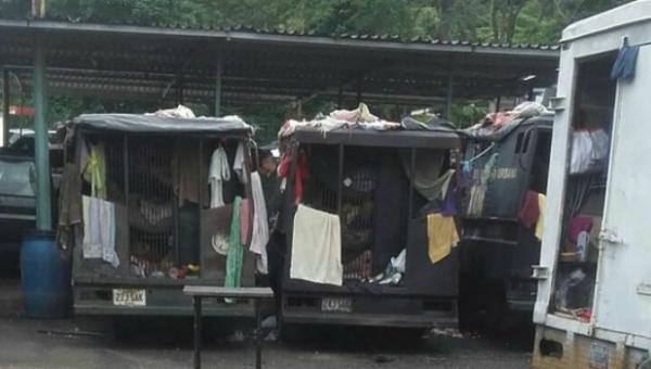 Detenidos tras protestas y disturbios en Táchira estuvieron hacinados en patrullas de la Guardia Nacional ht