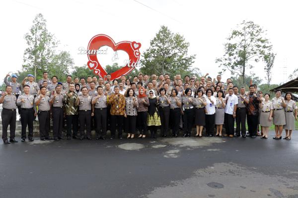 Kapolda Sulut Buka Pembekalan & pelatihan anggota Polri & PNS Polri jajaran Polda yang masuk memasuki Pensiun