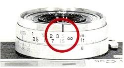 Konica C35 Automatic, Hyperfocal distance setting